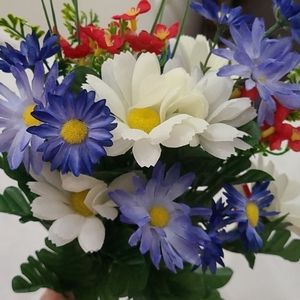 Accents - Beautiful 💐  Flowers